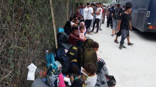 «Αγωνιζόμαστε για έναν Κόσμο Χωρίς Φτώχεια, Πολέμους, Προσφυγιά»          Mε αφορμή τα στοιχεία που δημοσιοποίησε το Υπουργείο Παιδείας σχετικά με την εκπαίδευση των προσφυγόπουλων